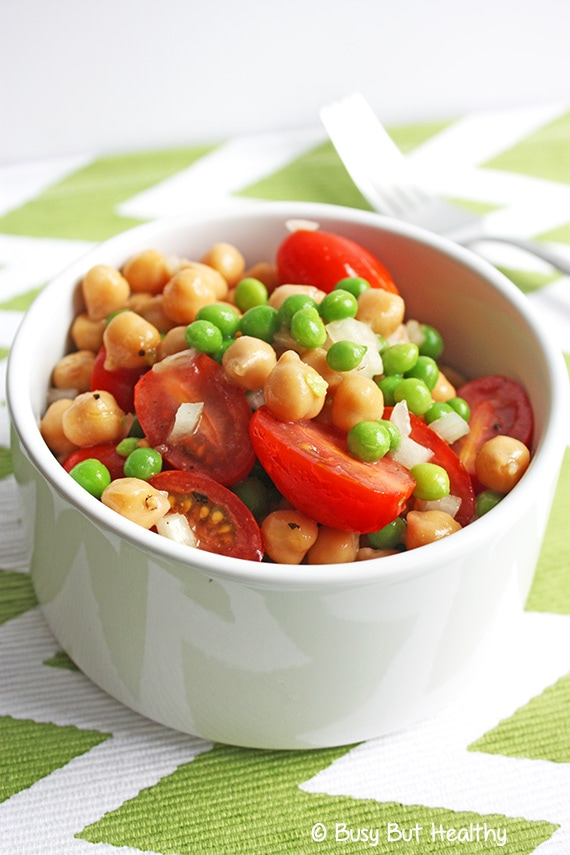 Easy Chickpea Spring Salad with Citrus Dressing_1